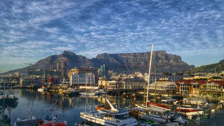 bay boats cape town cityscape